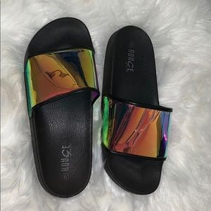 Holographic slides 8 in women's